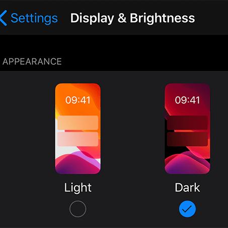 iPhone karanlık moda nasıl geçilir